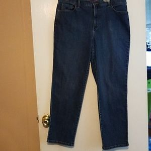 Gloria Vanderbilt Amanda Short Lenght Jeans Sz 16
